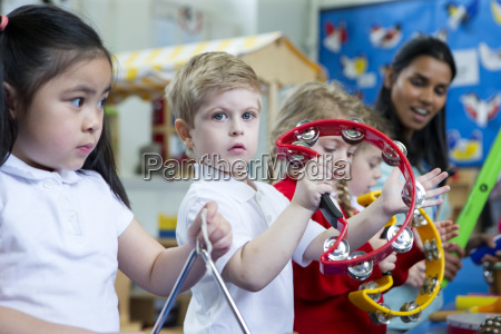 nursery music lesson