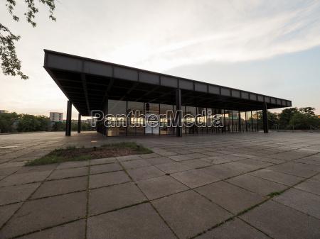 neue nationalgalerie in berlin