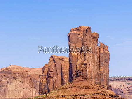 camel butte is a giant sandstone