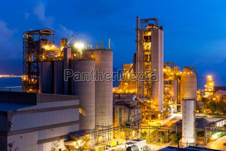 torre industria industriale tecnologia notte tramonto
