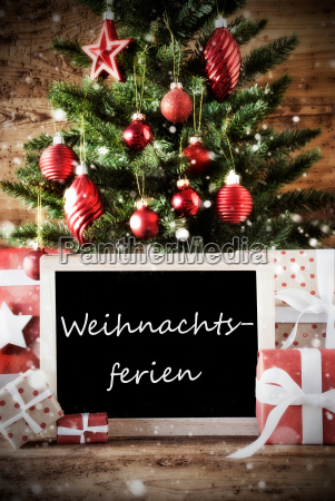tree with weihnachtsferien means christmas break