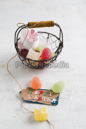 happy easter tag on basket with