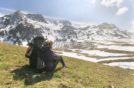 spain asturias somiedo couple looking at
