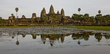 temple exterior of angkor wat angkor
