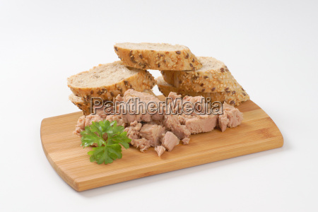 canned tuna with seeded roll