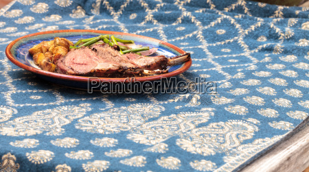 rack of lamb with roasted golden