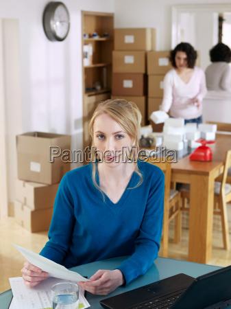 women, running, business, from, home - 18222446
