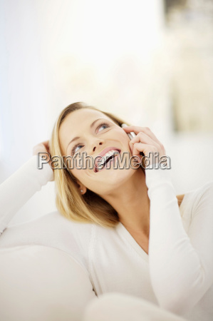 woman making a phone call
