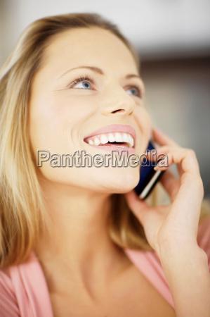 woman making a phone call