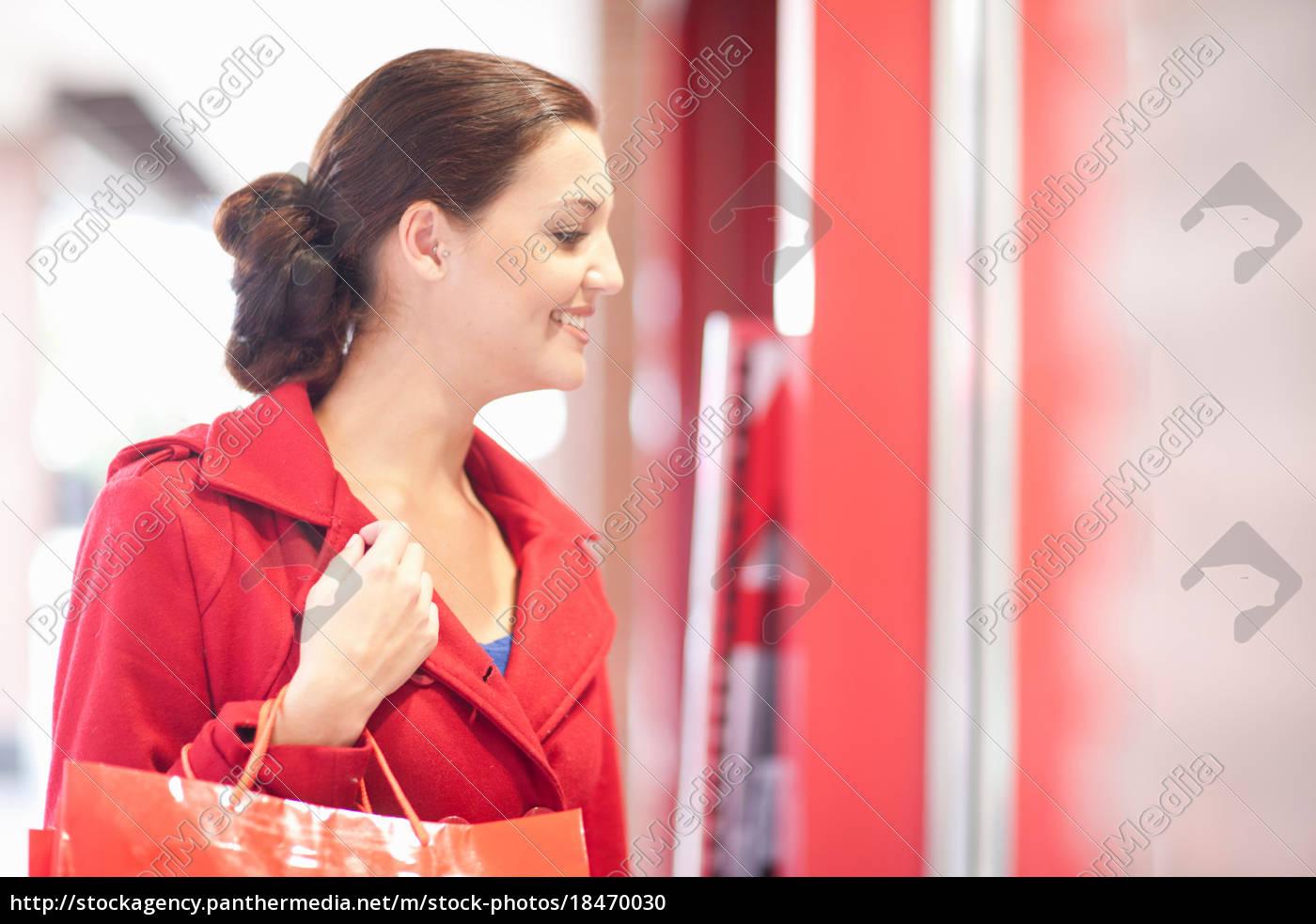young, woman, window, shopping - 18470030