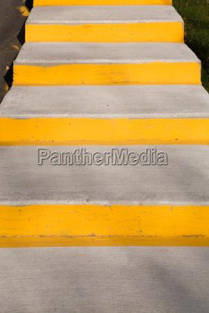gradini di cemento