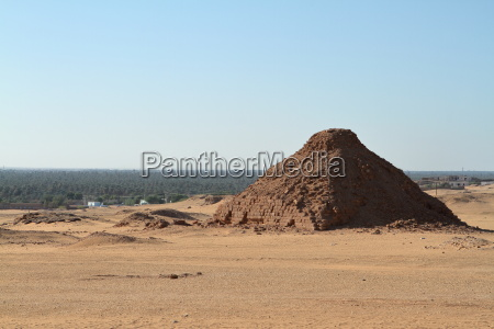 the pyramids of jebel barkal in