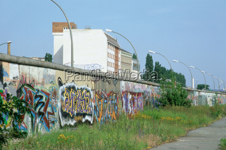 berlin wall eastside gallery berlin germany