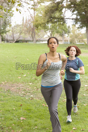 front view of women wearing sport