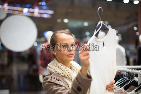 young woman shopping in a fashion