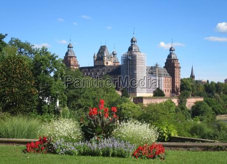 castle garden of johannisburg castle on