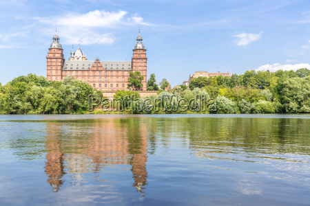 johannisburg palace