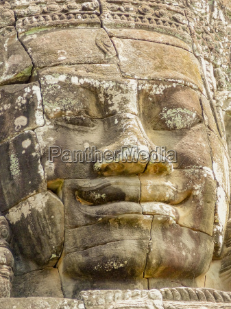sculpture detail at the bayon temple