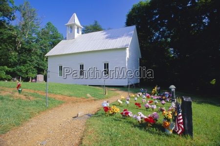 primitive wooden baptist church built in