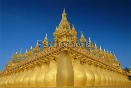 gold stupas pha that luang vientiane