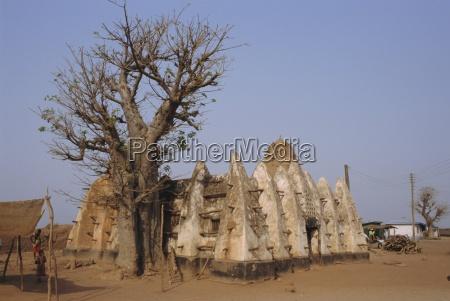 larabanga mosque ghana africa