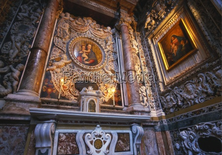 paintings of the virgin mary la