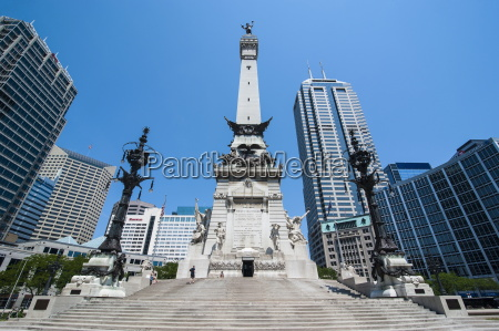 soldiers and sailors monument indianapolis indiana