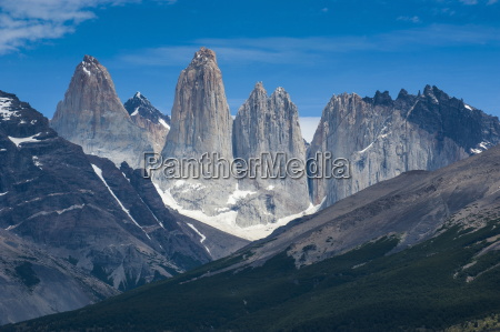 the towers of the torres del