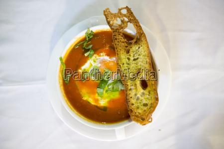 sopa de tomate alentejana a traditional