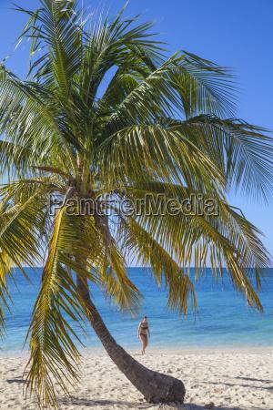 ancon beach trinidad sancti spiritus province