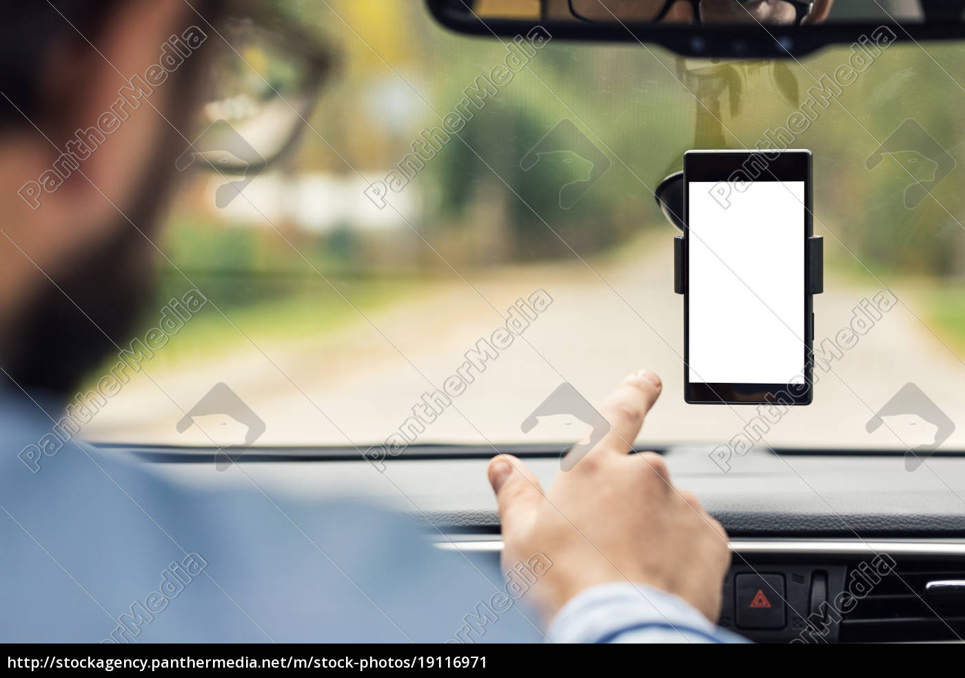 man, pointing, on, blank, smartphone, screen - 19116971