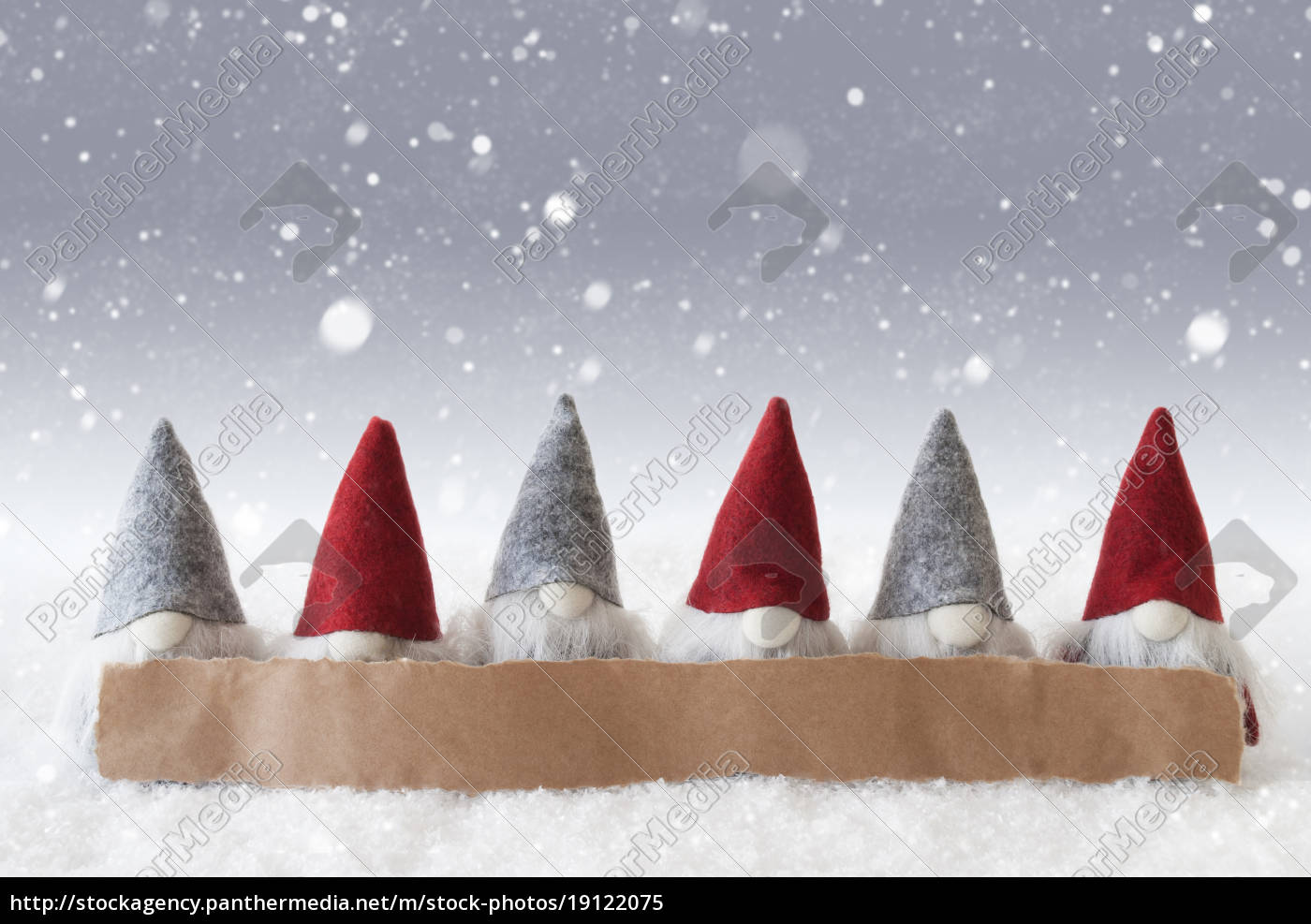 gnomes, , silver, background, , snowflakes, , copy, space - 19122075