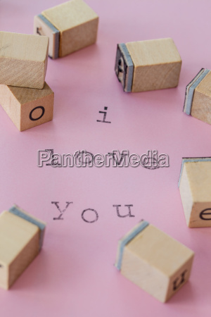 i love you on pink
