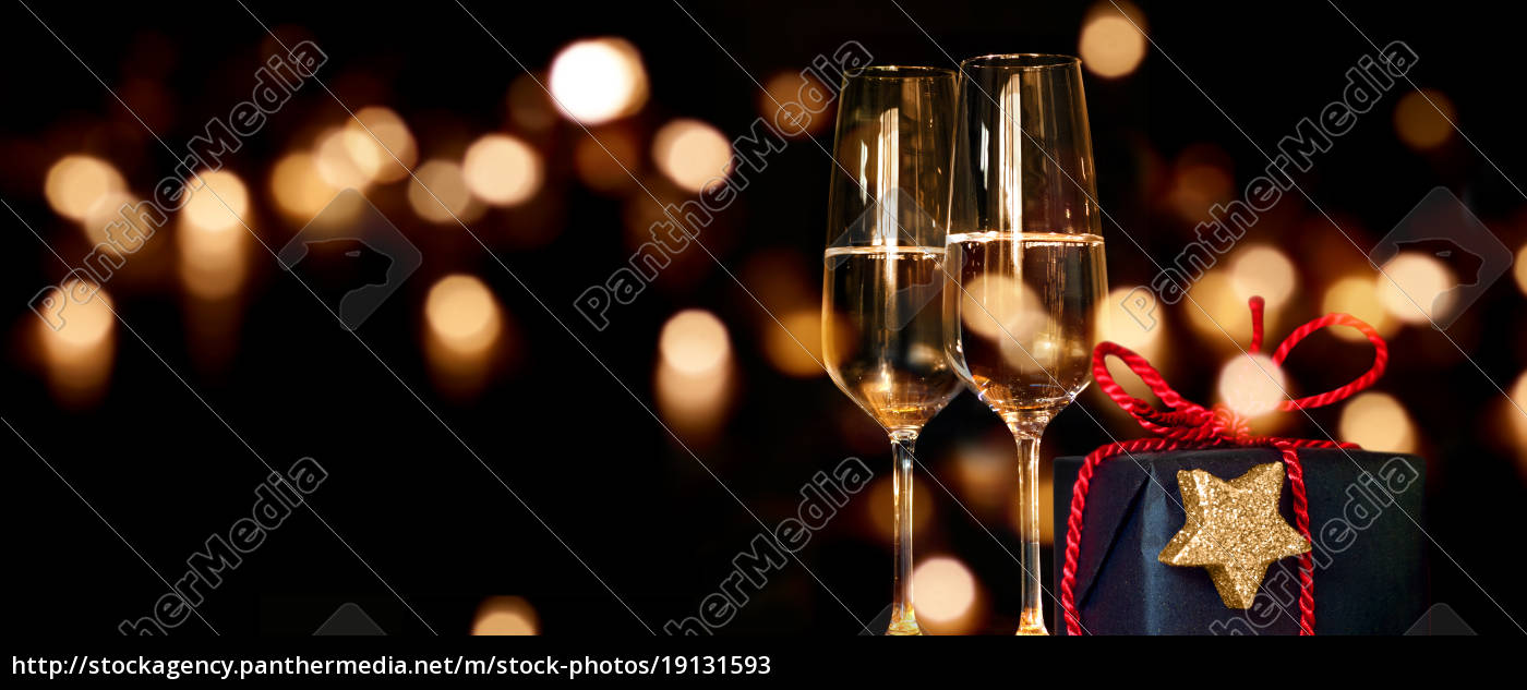 christmas, present, with, champagne, glasses - 19131593