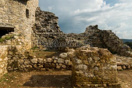 castle dreznik croatia