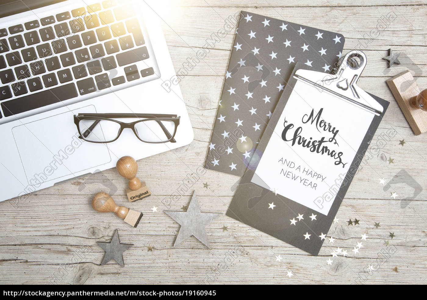 business, office, workplace, with, christmas, decoration - 19160945
