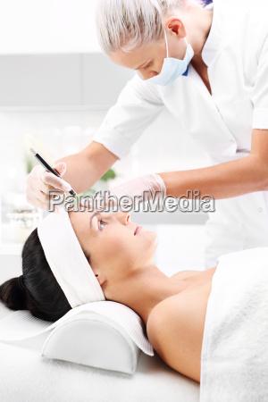beauty salon microdermabrasion treatment