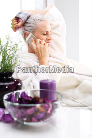 spa, salon, a, woman, relaxing, at, the - 19166895