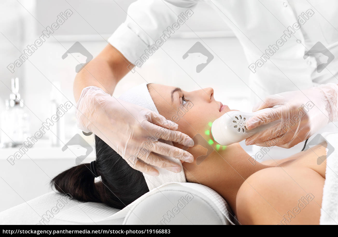 ultrasound, infrared, light, facial, treatment - 19166883