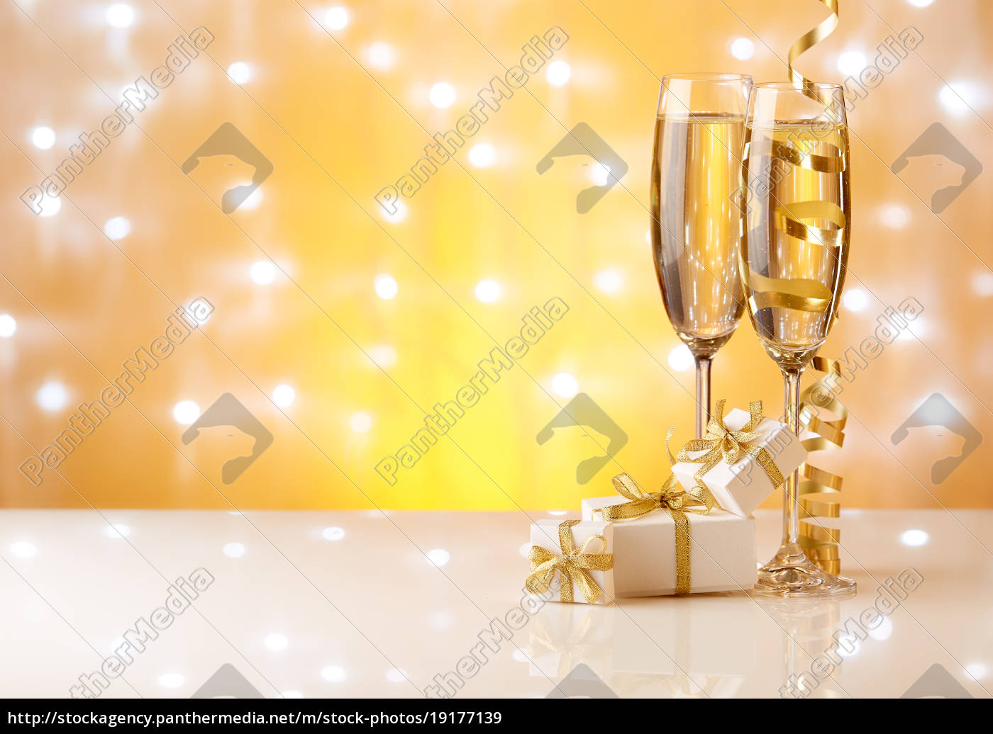 champagne., new, year, and, christmas. - 19177139
