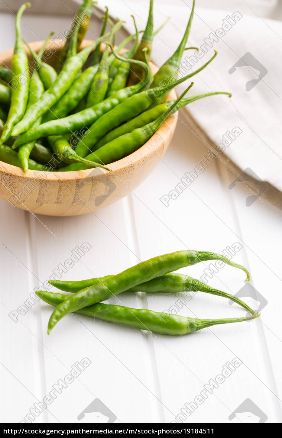 green, chili, peppers. - 19184511