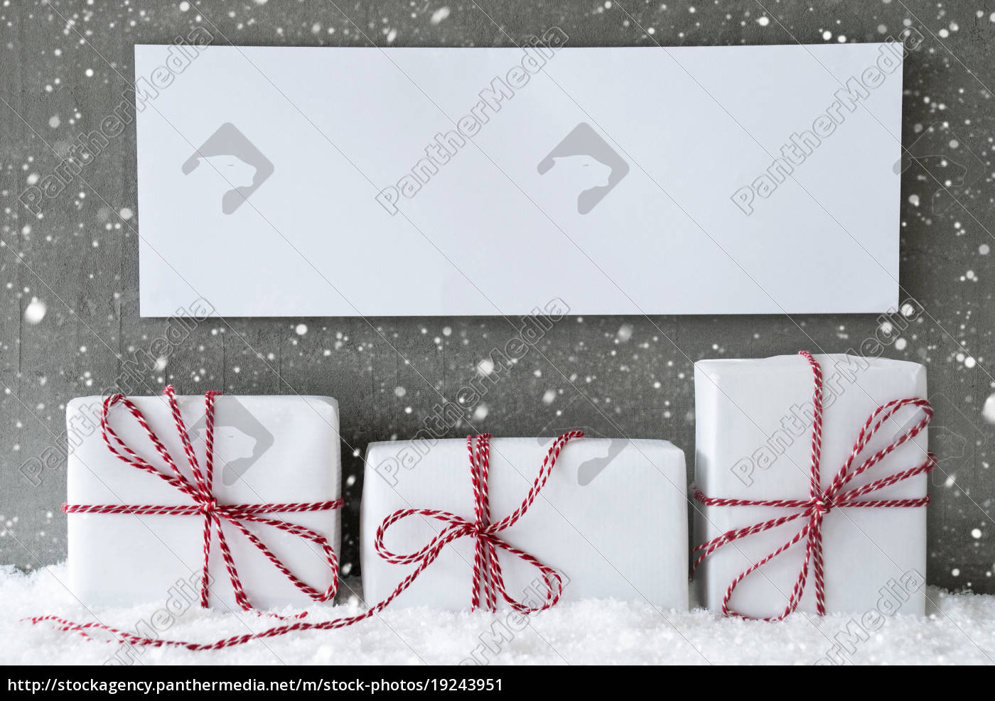 white, gift, with, snowflakes, , copy, space - 19243951