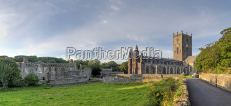 church cathedral monastery david convent wales