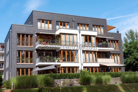 modern gray city villa in berlin