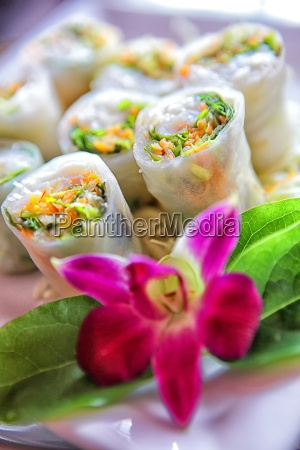 the lumpia or spring roll is