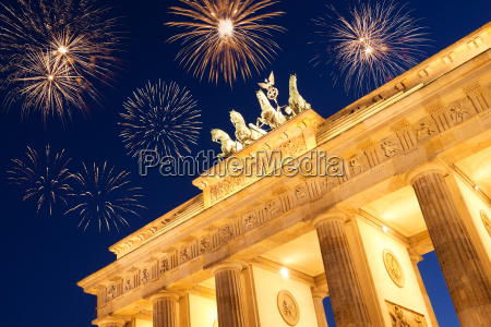 new years eve at brandenburger tor