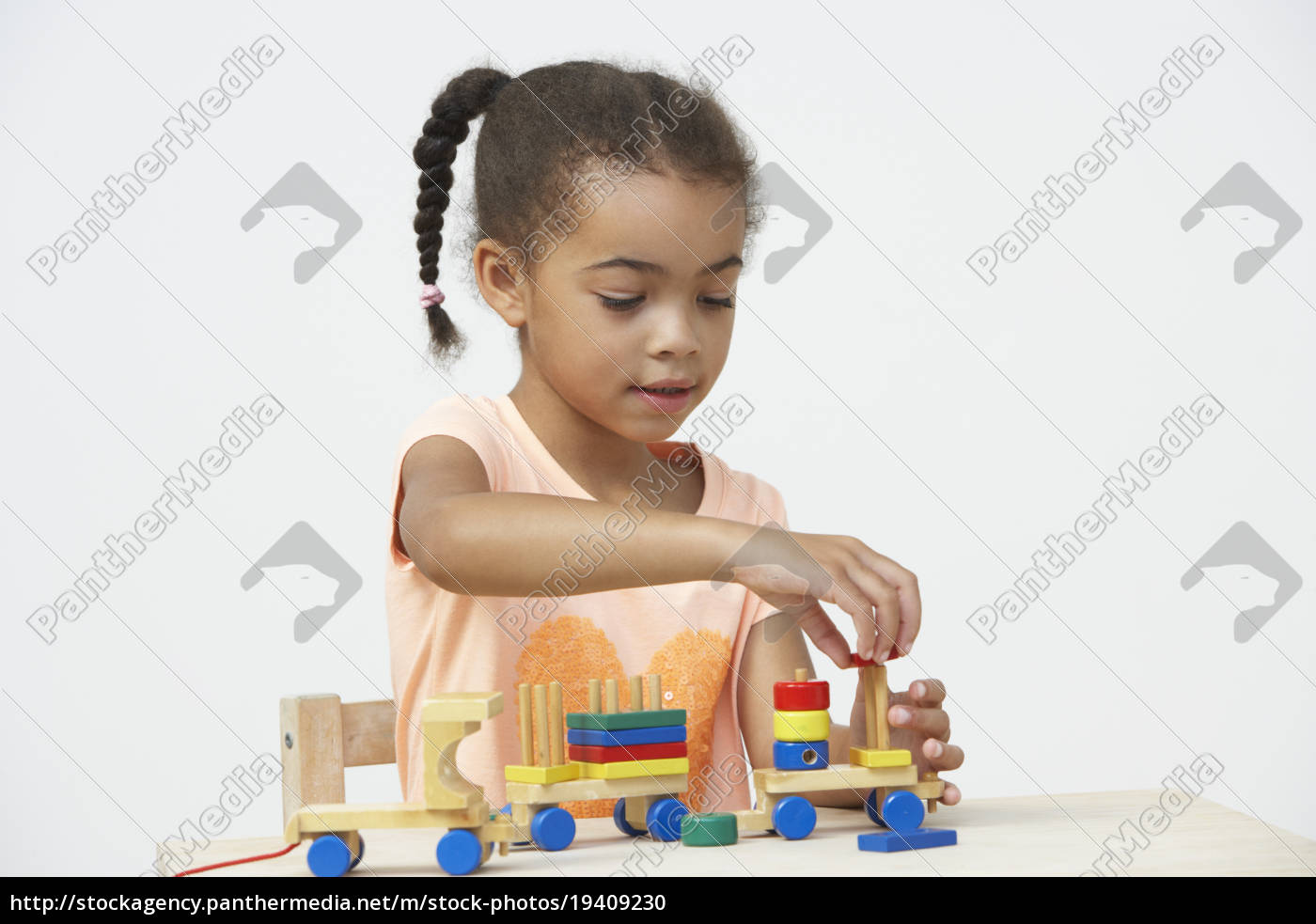 pre-school, pupil, playing, with, wooden, toy - 19409230