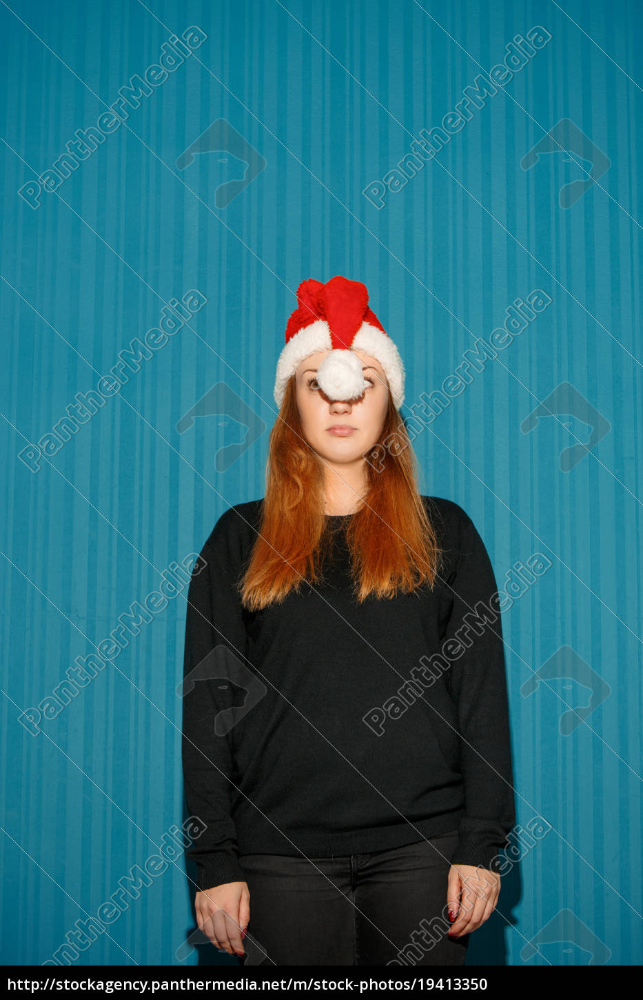 funny, christmas, girl, wearing, a, santa - 19413350