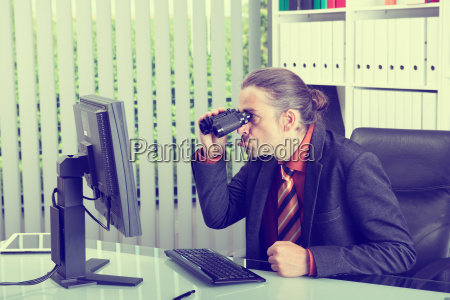 amazed, business, man, looking, with, binoculars - 19421040