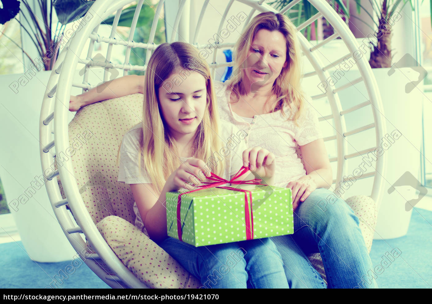 mother, and, daughterl, with, green, gift - 19421070